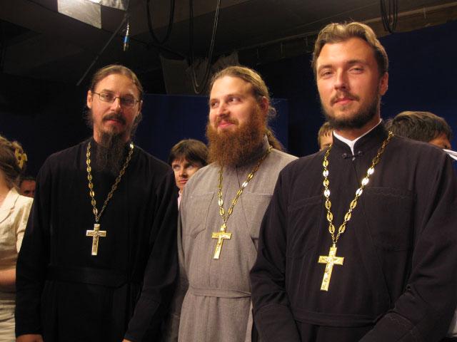 Священник Роман Федчишин с главами делегаций других городов